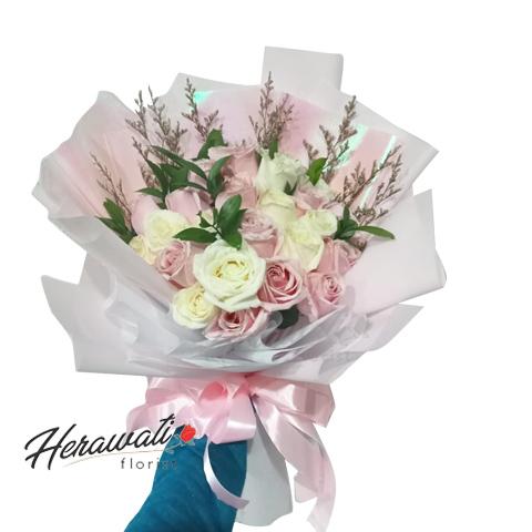 hand bouquet - Hand Bouquet Bunga Mawar