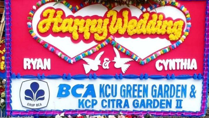 contoh papan bunga pernikahan